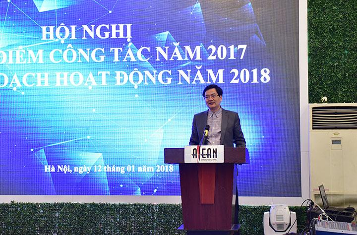 Ông Nguyễn Lâm Cường – UVHĐQT, PTGĐ VNCC phát biểu tại hội nghị