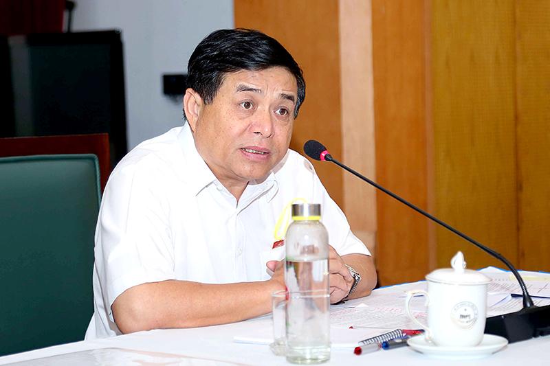 Ông Nguyễn Chí Dũng – Bộ trưởng Bộ KH&ĐT, Chủ tịch Hội đồng TĐNN phát biểu khai mạc phiên họp