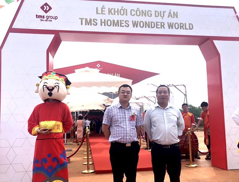 TS. Nguyễn Đắc Phương – Trưởng phòng Kinh doanh (thứ 1 từ trái sang)  tham dự lễ khởi công dự án