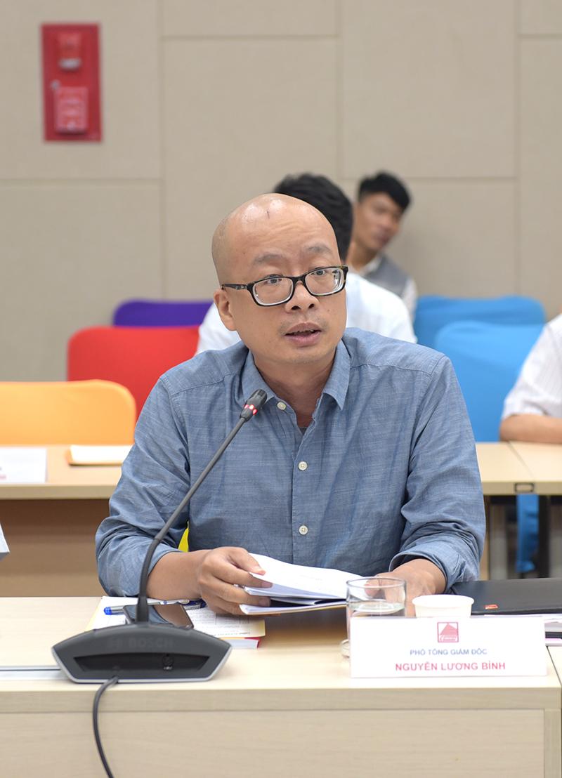 Ông Nguyễn Lương Bình – Phó TGĐ phụ trách khối chất lượng báo cáo công tác chất lượng 6 tháng đầu năm