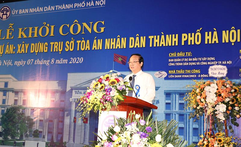 Phó Chủ tịch UBND thành phố Hà Nội Nguyễn Thế Hùng phát biểu tại lễ khởi công