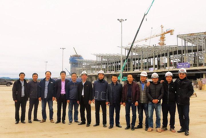 Đoàn lãnh đạo CONINCO kiểm tra công trường dự án Cảng hàng không quốc tế Quảng Ninh