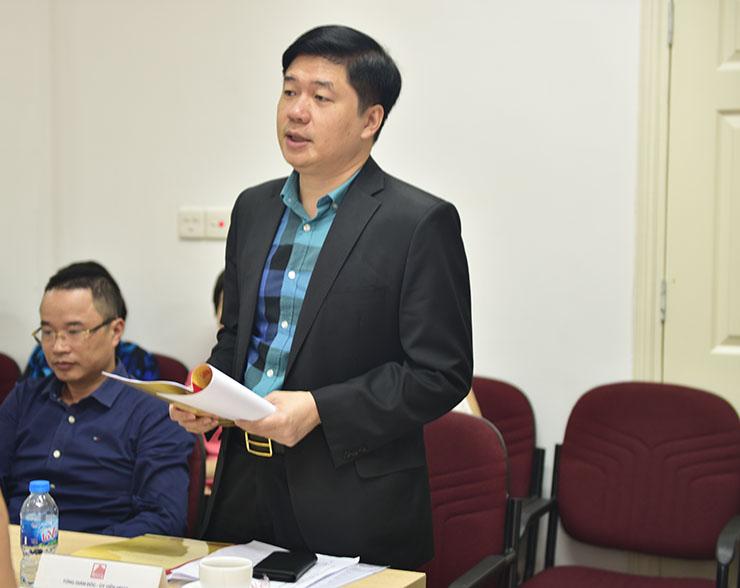 TS. Hà Minh - UV.HĐQT, Tổng Giám đốc Công ty trình bày báo cáo của HĐQT năm 2017