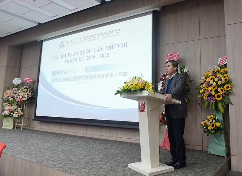 Thứ trưởng Bộ Xây dựng Lê Quang Hùng phát biểu chỉ đạo Đại hội