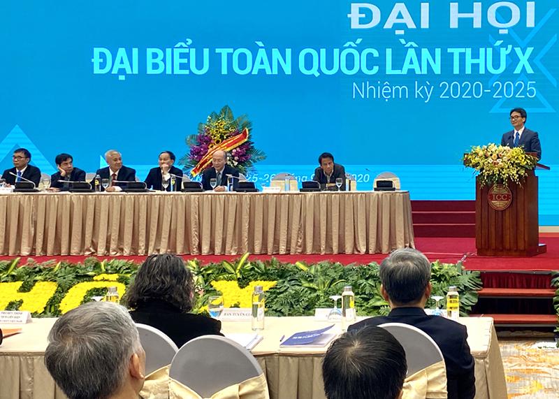 Đ/c Vũ Đức Đam - Ủy viên TW Đảng, Phó Thủ tướng Chính phủ phát biểu chỉ đạo đại hội.